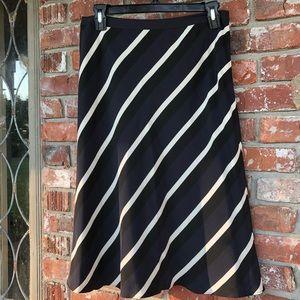 Banana Republic A line silk skirt size 6